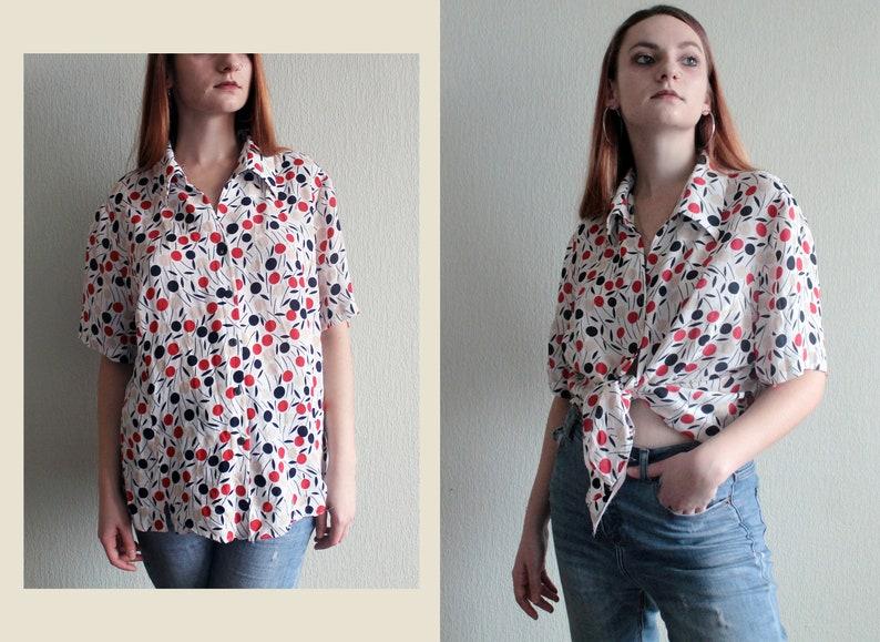 90s Vintage Oversize White Shirt Women/'s Geometric Abstract Printed White Shirt Retro 90/'s 80/'s Boho Pin-Up Feminine Oversized Blouse