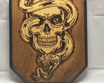 Ragnar Viking King Skull & Snake