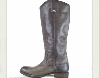 FRYE Boots Womans Smokey Leather Riding Boots / Festival / Boho /Size 8.5 US