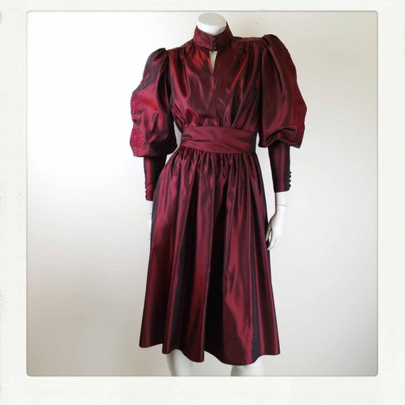 Vintage 80s /Black Cherry/ Poly Taffeta/ High Neck