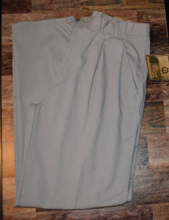 Vintage NWT Bugle Boy Khaki pants