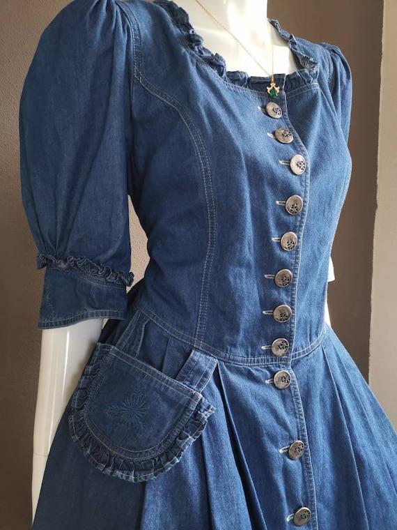 Vintage 70s blue denim bavarian dress (7042)