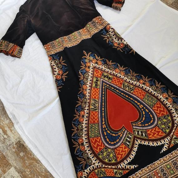 Vintage handmade velvet dress with heart ethnic Af