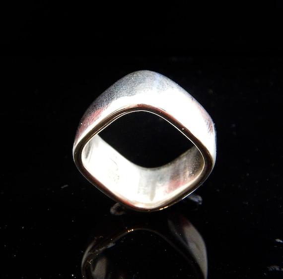 Vintage Georg Jensen Silver Ring - design No 186