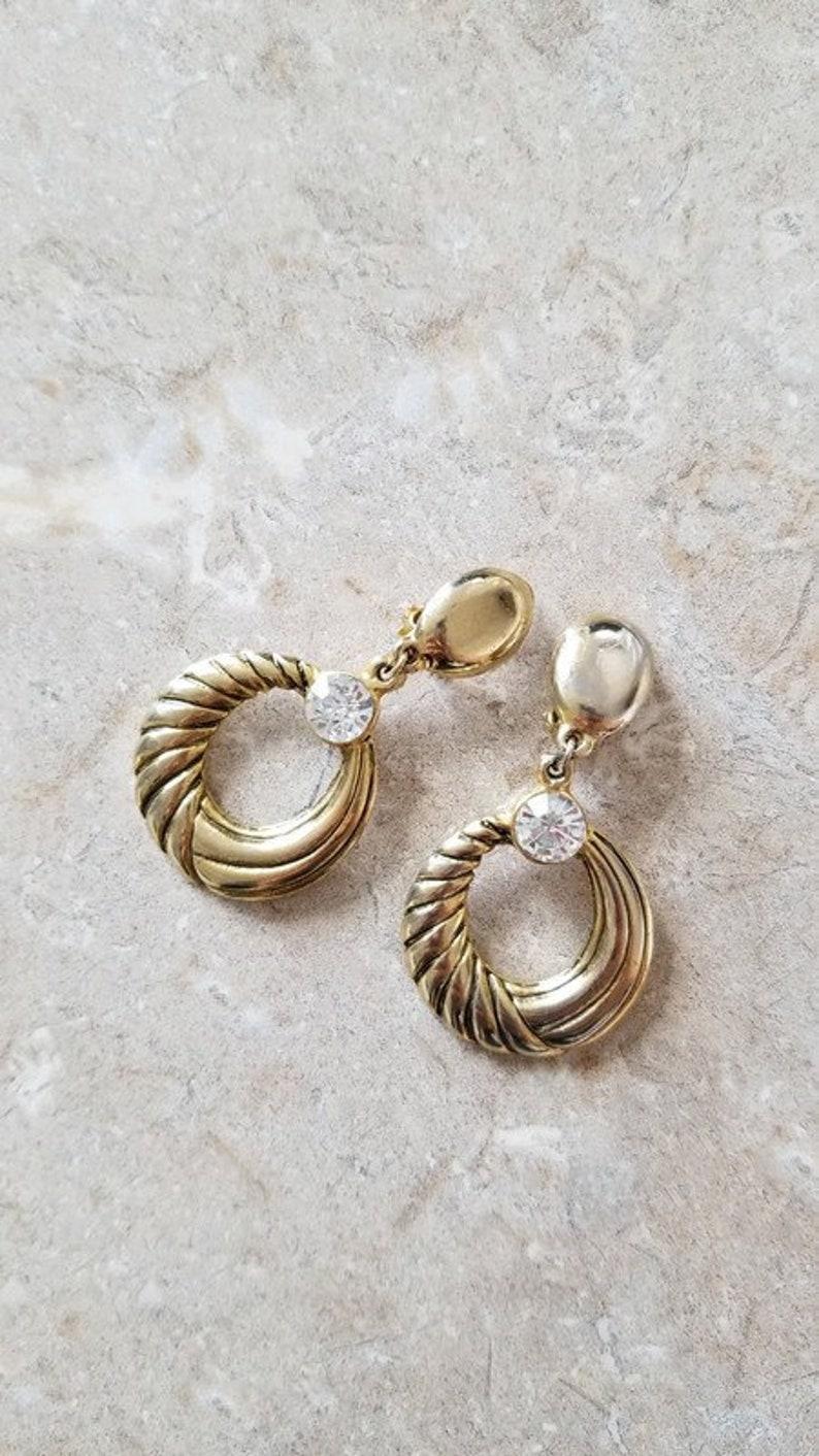 90's Vintage earrings like gold // Retro golden earrings image 0