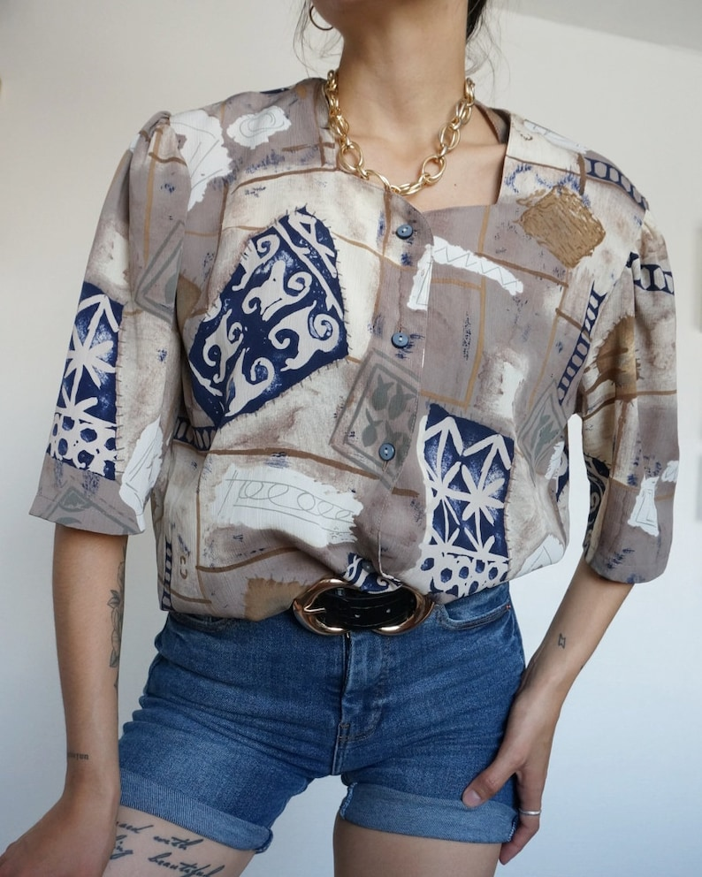 Vintage 90's Shirt Blouse Beis Black & White Abstract image 0