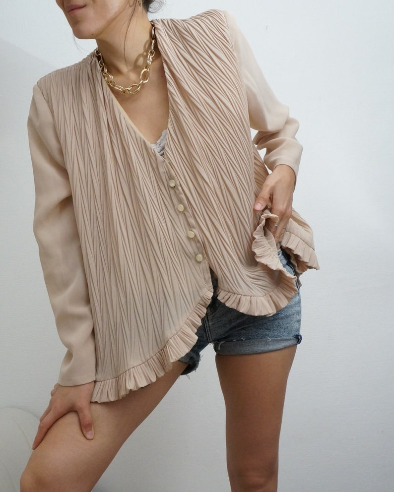 Vintage 90's Retro Shirt Blouse Beige with ruffles and image 1