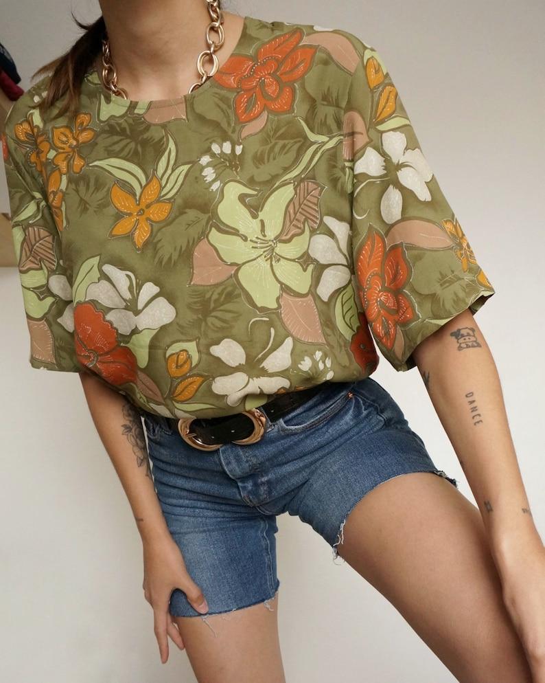 Vintage 90's Shirt Blouse Orange and Green Plants // Retro image 0