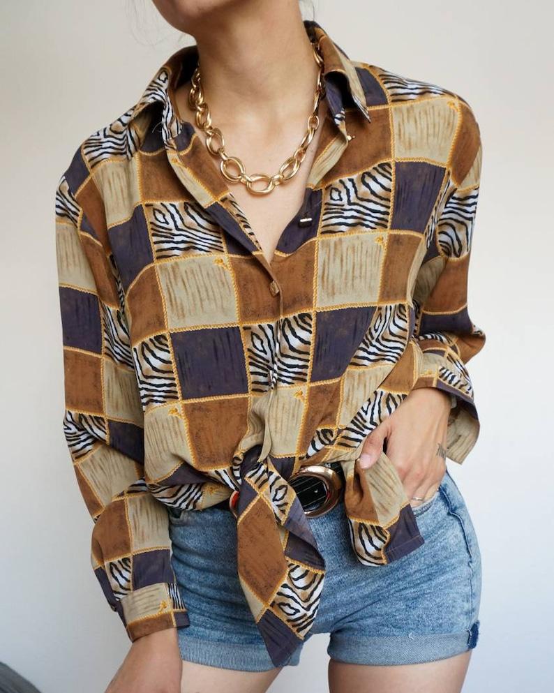 Vintage 90's blouse brown tones and cubes mode // Retro image 0