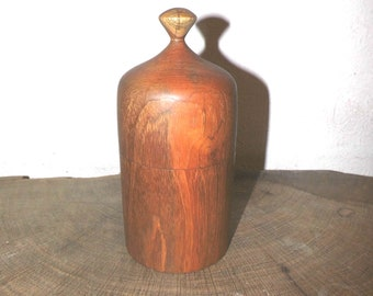 Hand-turned can of old Indian teak upcycled