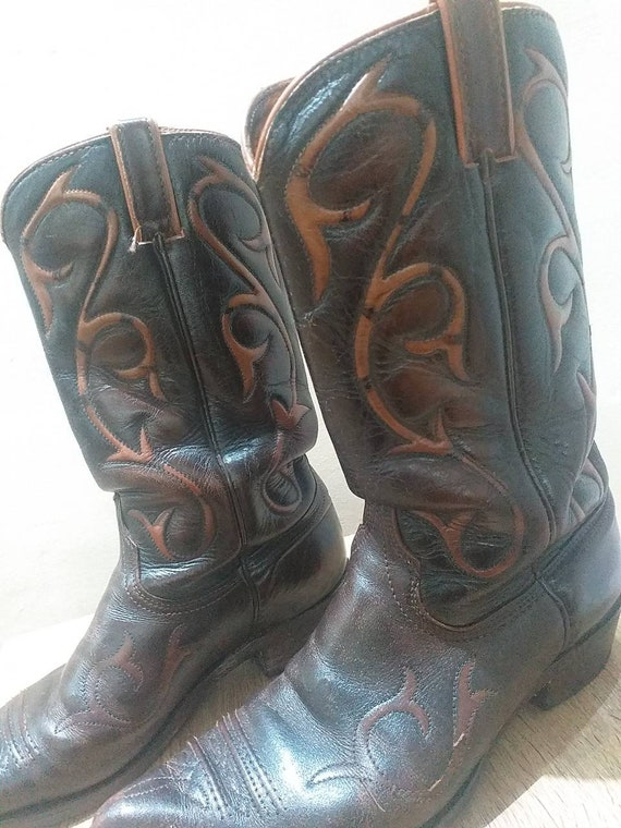 Wrangler cowboy leather boots size 8