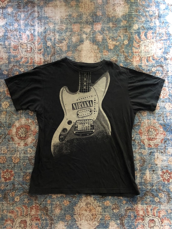 Nirvana 2005 Guitar Vintage Distressed T-Shirt