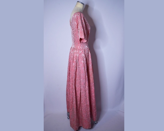 1960s Vintage Floral Brocade Evening Gown Pink an… - image 9