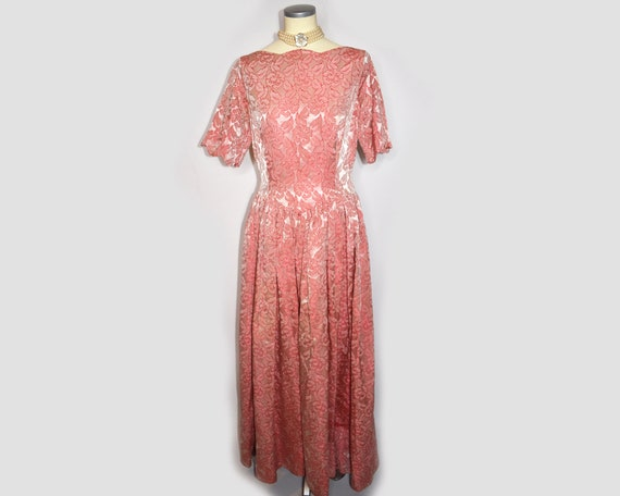 1960s Vintage Floral Brocade Evening Gown Pink an… - image 2
