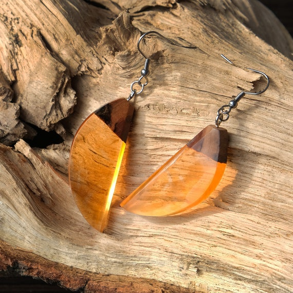Wood resin earrings. Geometric earrings. Orange earrings simple. Minimalist casual earrings. Summer earrings. Everyday yellow earrings.