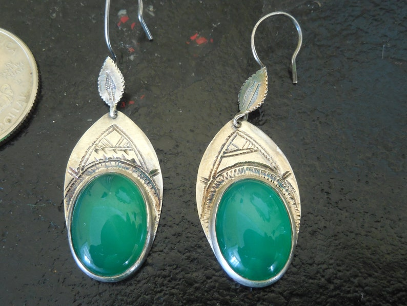 Authentic Southwestern Native American Navajo Signed with dots and a cross hammered Silver with green glass stone earrings