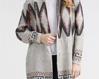 Geometric Pattern Cardigan with a pop of color