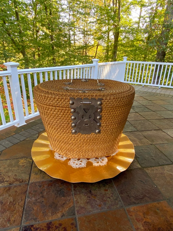 Straw Basket Purse - Nantucket Style Basket - Meta