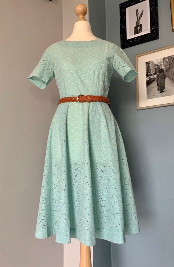 1950's Broderie Anglaise cotton eyelet lace dress
