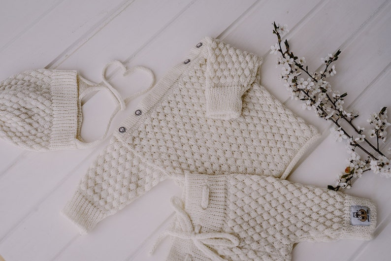 Merino wool knitted baby clothing set Coming home outfit Newborn gift White baby sweater pants and hat