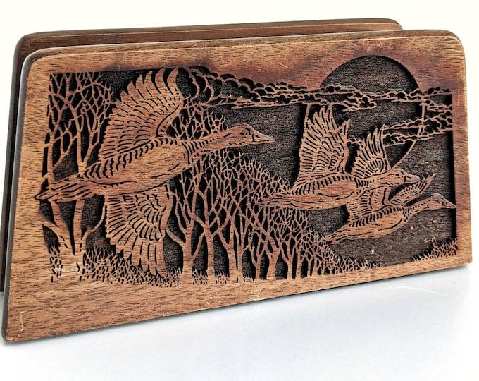 Vtg Lasercraft engraved wooden mail holder with flying ducks - Laser engraved walnut napkin holder with flying geese - Wooden Boho Decor