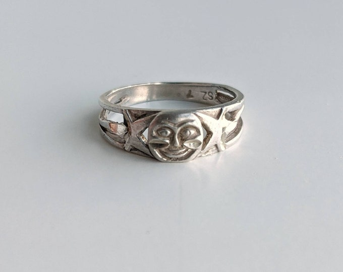 Sterling Silver Man in the Moon Celestial Vintage Ring - Moon and Stars Engraved Ring