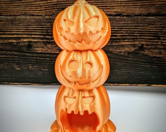 Jack-o'-lantern stack Halloween Pumpkin Dice Tower from Black Blossom Games - Available in 2 Sizes - Dungeons and Dragons, Pathfinder, TTRPG