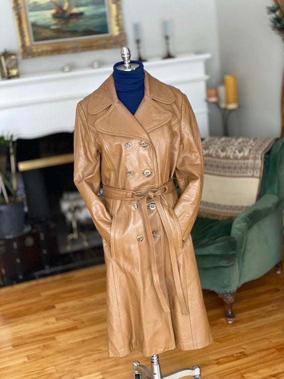 70s vintage women's brown leather trench coach, ca