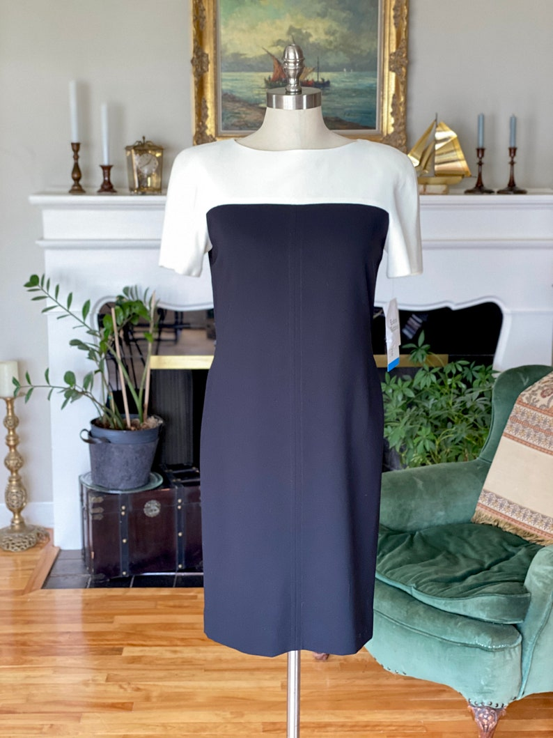 NWT size 4 Petite deadstock 80s90s vintage sheath dress in black and off-white by Liz Claiborne