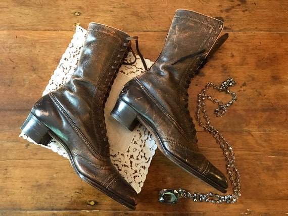 Antique Women's Brown Lace Up Boots - The Emerson