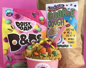Raw Edible Cookie Dough Mix*Vegan Cookie Dough*Vegan Chocolate*Vegan Gifts*Christmas*Doisy & Dam