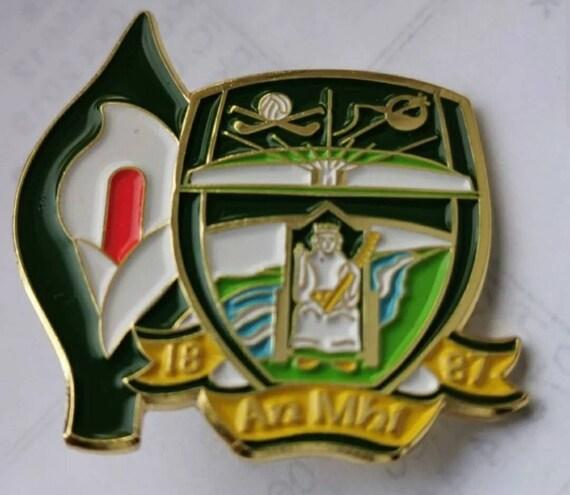 Irish County Easter Lily Pin Badge Irish GAA Republican 1916 Kerry crest
