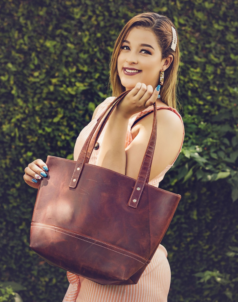 Tote with zipper option The Perfect Tote Bag Leather Tote bag Tote with liner option Leather tote bag for sale Full grain Leather Tote