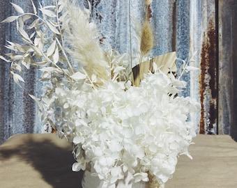 Daisy Buchanan - Dried Floral Arrangement