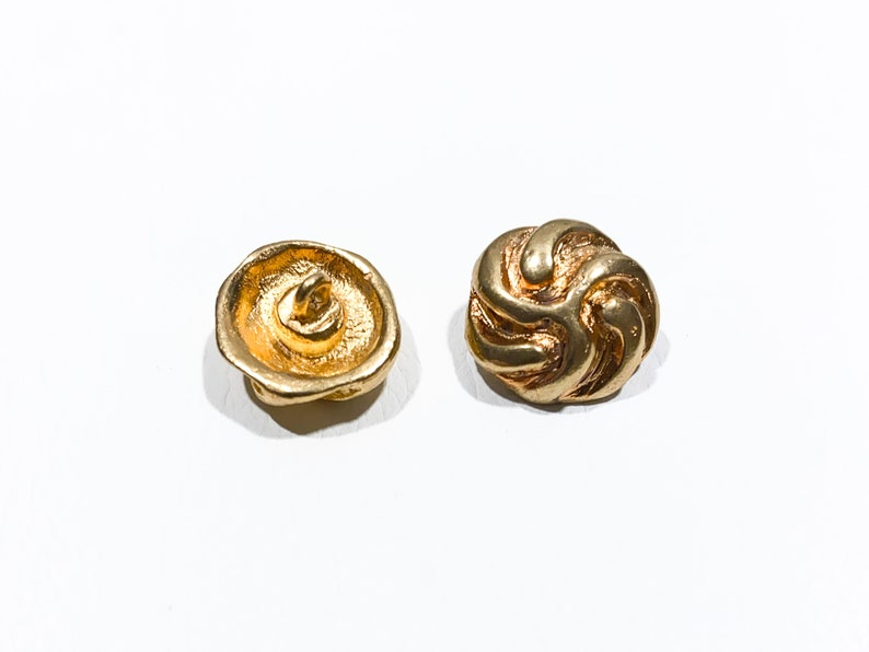 24 L Deco Rope  Knot Vintage Upholstery Buttons Set of 2 Gold Solid Cast Metal 58 Shank Buttons 16 mm B1203 Round Domed