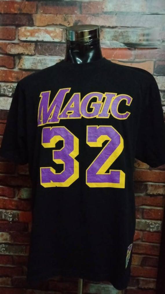 Vintage 90's Nba Tshirt Magic Johnson XL Size