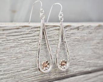Silver daisy drop earrings | Flower earrings | Daisy dangle earrings | Sterling Silver Jewellery | Gift for her | Mothers day gift