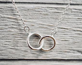 Interlocking circle sterling silver necklace | Double circles necklace | Silver infinity necklace