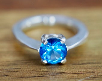 Blue Topaz ring   Sterling silver blue topaz ring   December birthstone ring   Gift for wife   Gift for mum