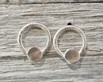 Little circle sterling silver studs | Small round studs | Gift for mum | Gift for daughter | Gift for her | Bridesmaid gift