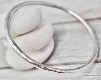 Heavy hammered silver bangle | Solid stackable sterling silver bangle | Handmade sterling silver jewellery | Gift for her | Bridesmaid gift