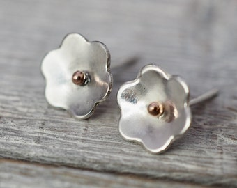 Silver flower studs | Little daisy earrings | Handmade from scratch sterling silver jewellery | Gift for her | Gift for mum | Gift for wife