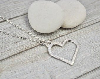Heart necklace | Sterling silver heart necklace | Handmade silver jewellery | Hammered heart necklace | Gift for wife | Best friend gift