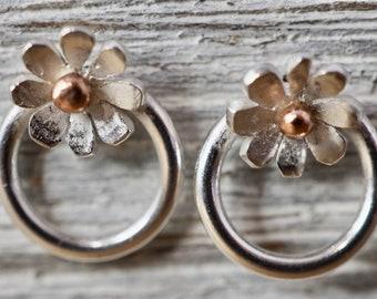 Little daisy studs | Sterling silver little flower studs | Daisy earrings | Gift for her | Gift for mum | Friend gift | Handmade jewellery