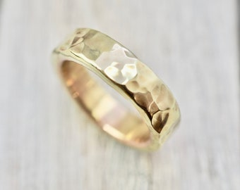 Hammered brass ring   Heavy brass ring   Heavy hammered brass ring   Handmade brass jewellery   Gift for him   Gift for her