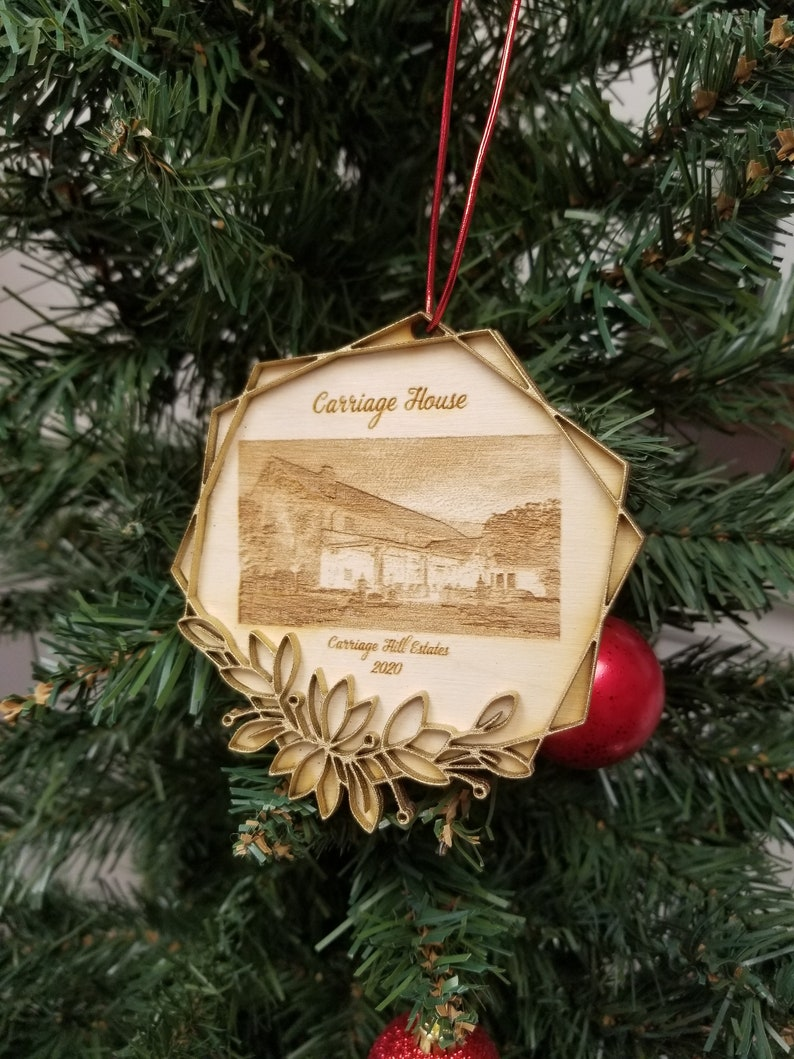 Carriage Hill Commemorative Ornament 2020  Carriage House