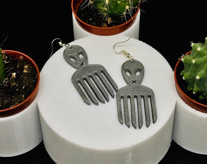 Alien Comb earrings