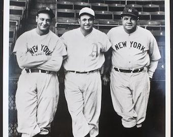 Gehrig Lazzeri 1928 New York Yankees Team Signed Replica Baseball w Ruth Huggins Many More