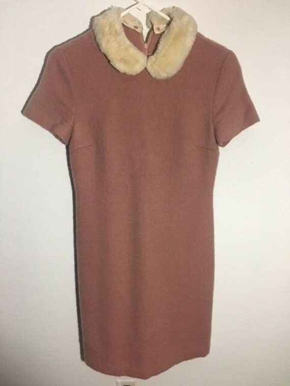 Adorable Pink Wool Peter Pan Fur Collar 1960s/70s… - image 2
