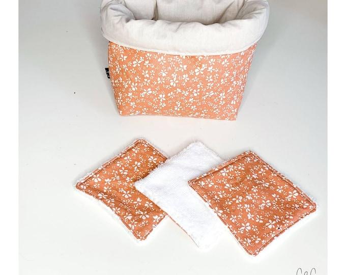 Set basket and pink washable wipes